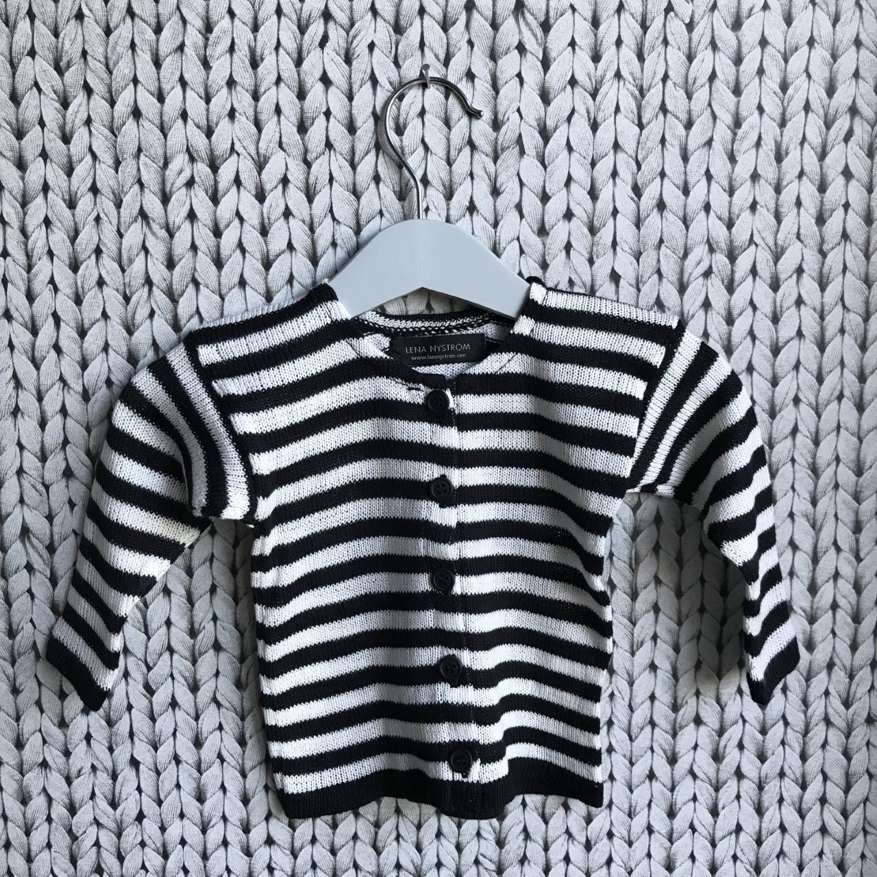 svart/vit barnkofta