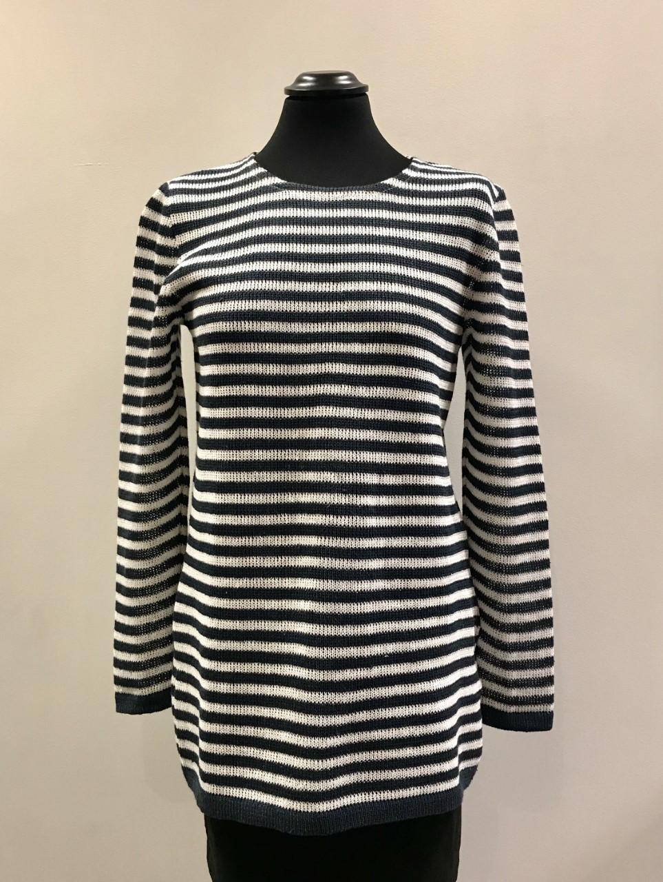 Marinblå/vit tröja