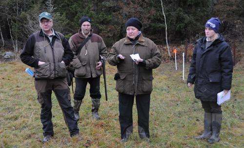 Elever i arbete: Krister Harmsund, Thomas Persson, Inger Johansson och Linnea Meiton.