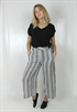 0005515_gianna_pants_blackcreme_70