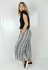 0005517_gianna_pants_blackcreme_70