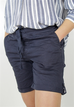 0005411_carmen_shorts_deep_blue_300