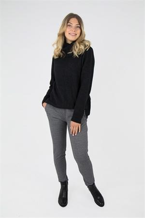 0006249_siri_sweater_black_melange_300