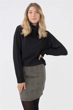 0006252_siri_sweater_black_melange_300