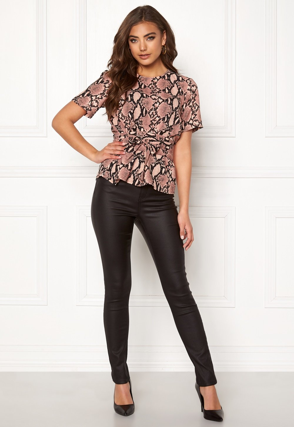 bubbleroom-maddie-tie-blouse-patterned_1