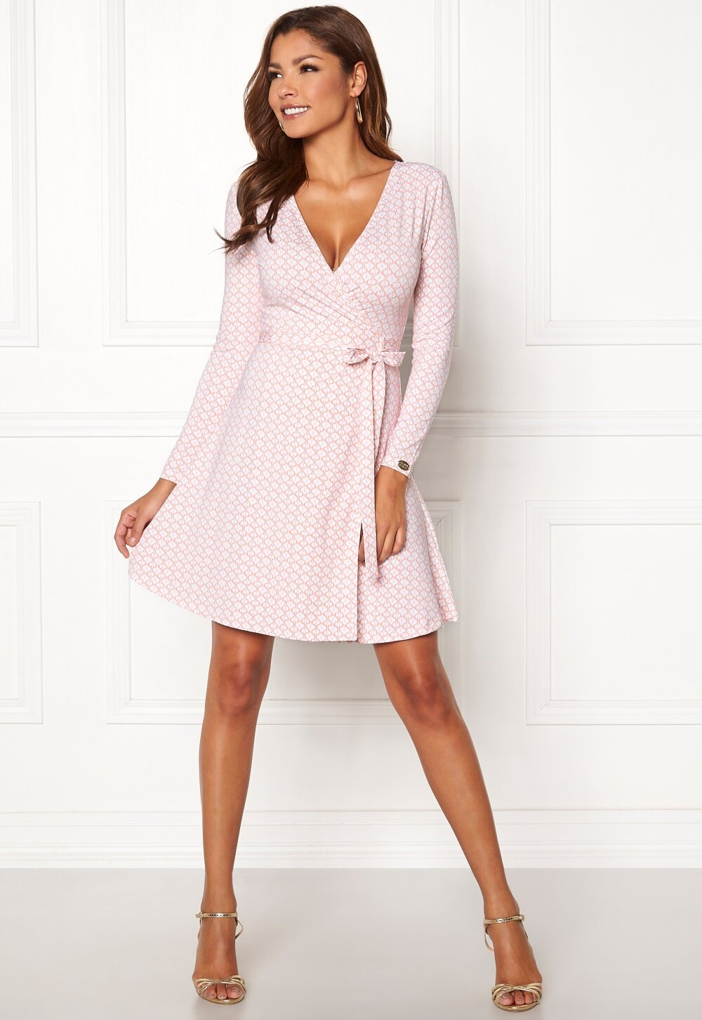 chiara-forthi-sonnet-mini-wrap-dress-pink-white_13