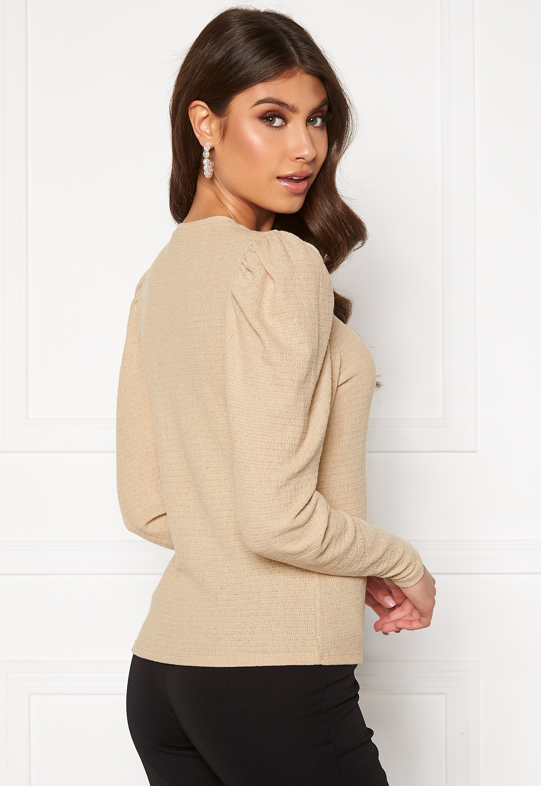 bubbleroom-zilla-structured-top-beige_5