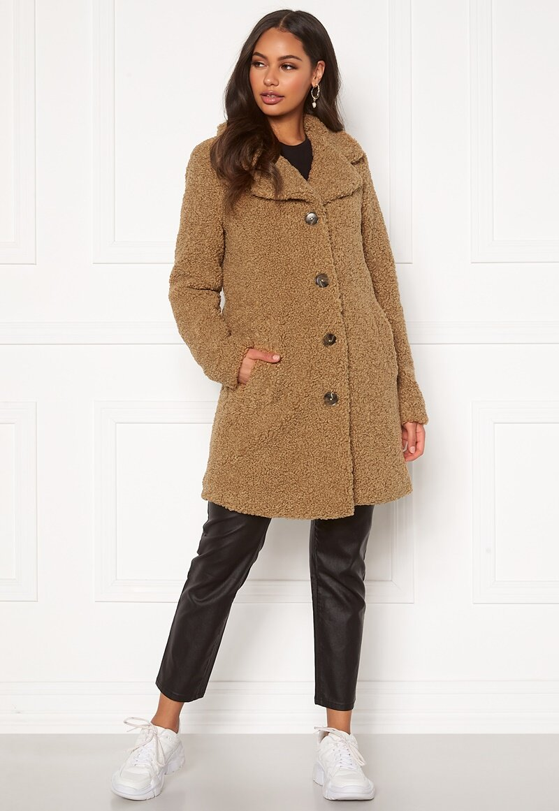 happy-holly-nicole-teddy-coat_4