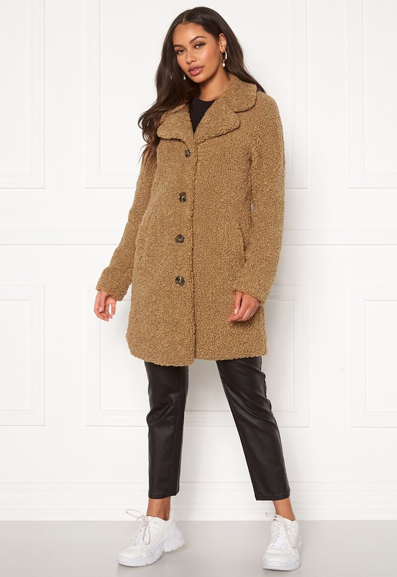happy-holly-nicole-teddy-coat_7