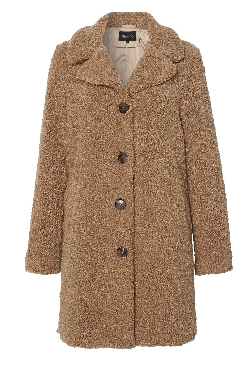 happy-holly-nicole-teddy-coat_9