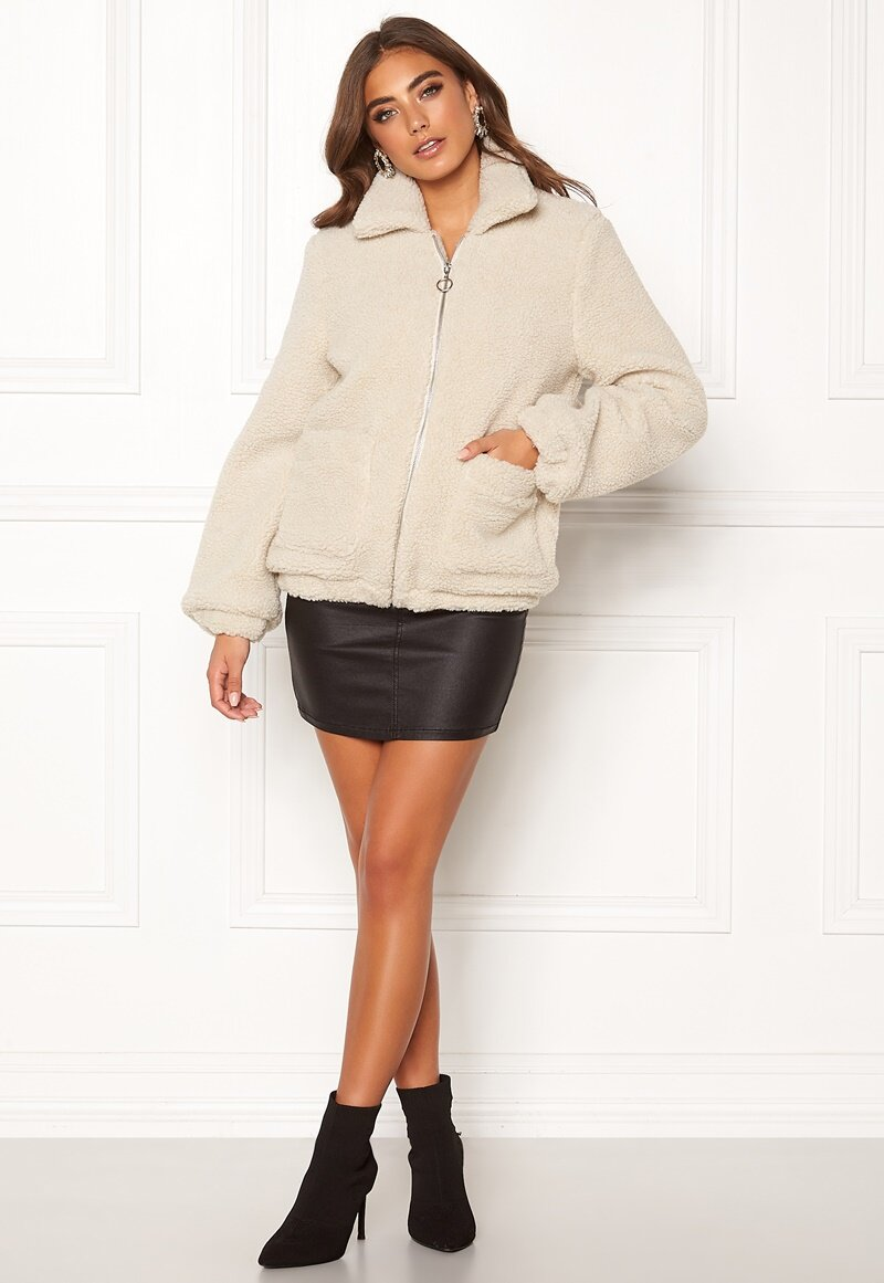 bubbleroom-tove-teddy-jacket-light-beige_1