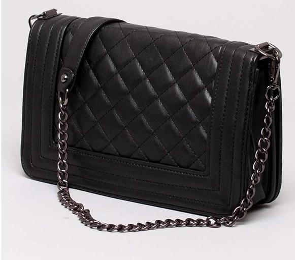 svarta handväska
