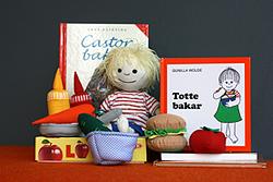 Exempel på innehåll i en språkpåse från folkbiblioteken i Lund