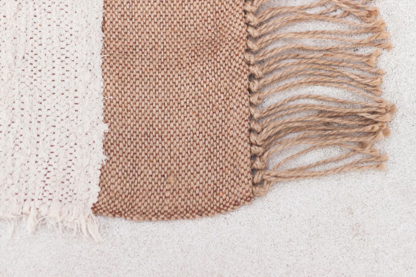Nieta Atelier. Matta av restmaterial bomull och jute