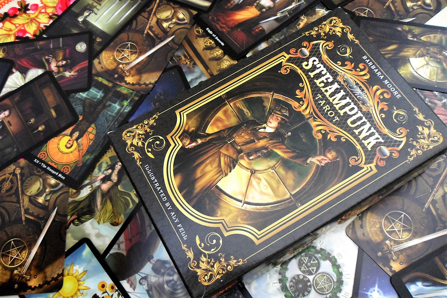 The Steampunk tarot 9780738726380-cards