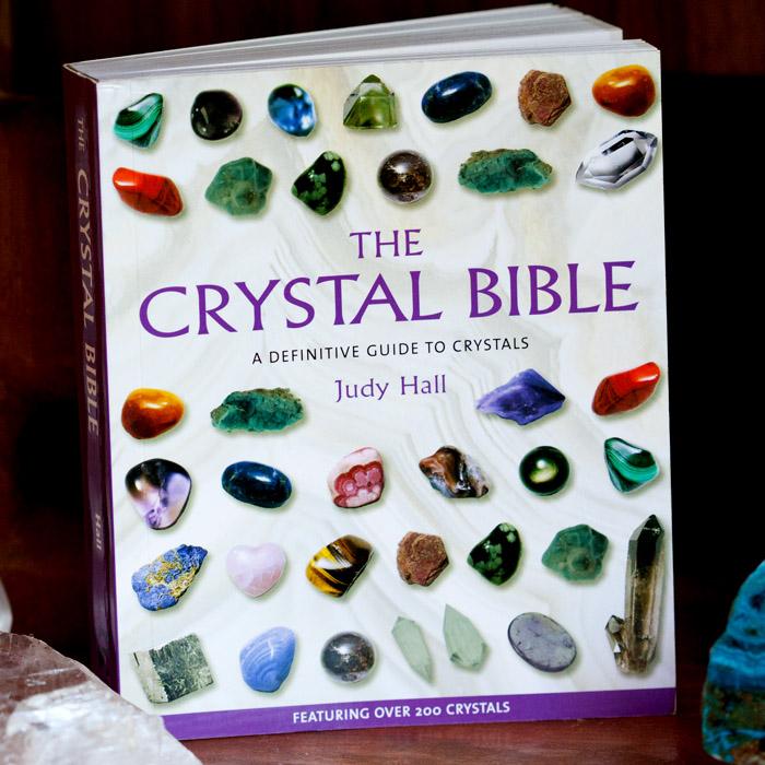 CrystalBible_9781582972404_1
