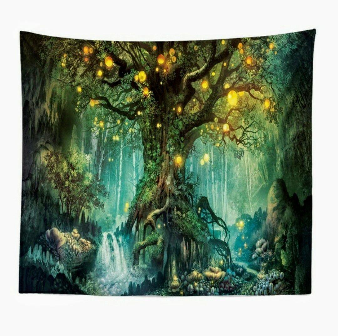 Green Tree with Light Walltapestry