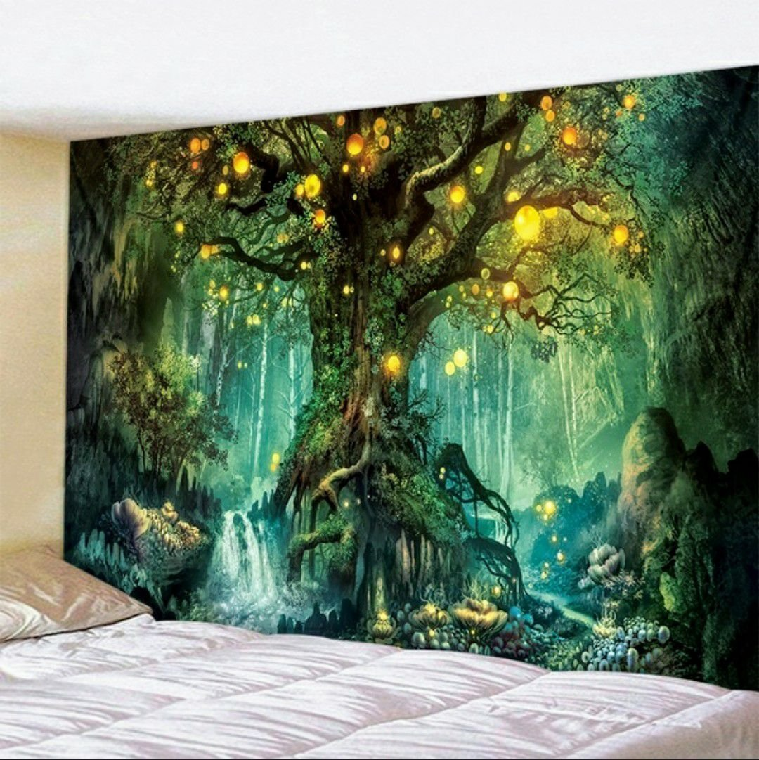Green Tree with Light Walltapestry