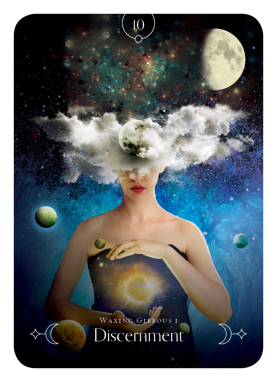 Queen of the moon oracle 9781925682588_1