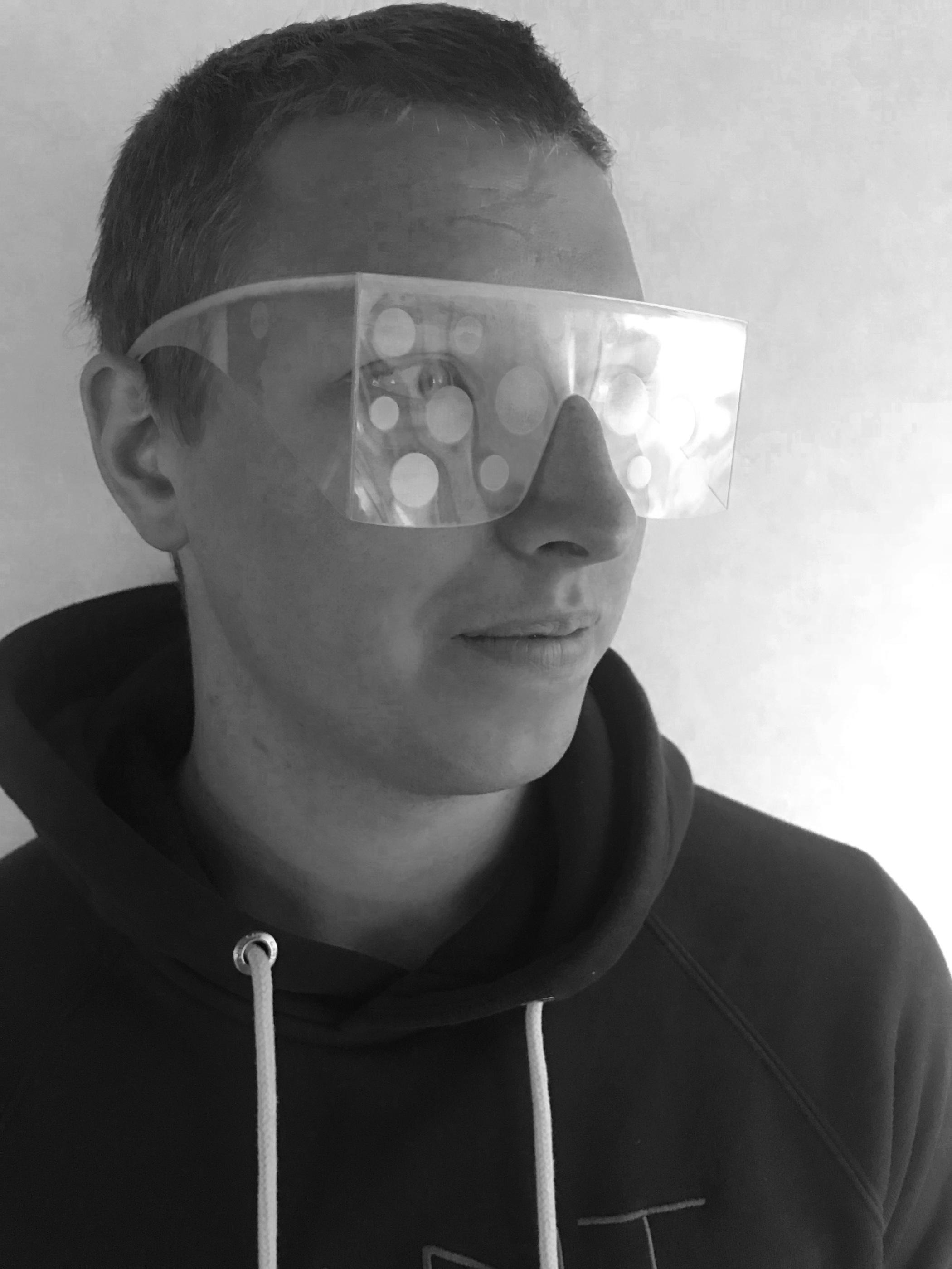 Använda glasögon som simulerar diabetes