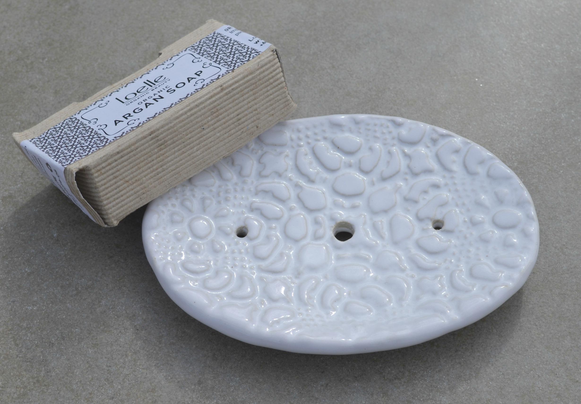 Tvålfat, vit blank glasyr