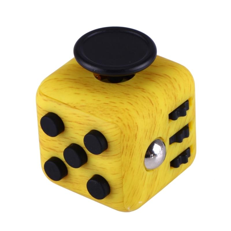 fidget cube trä