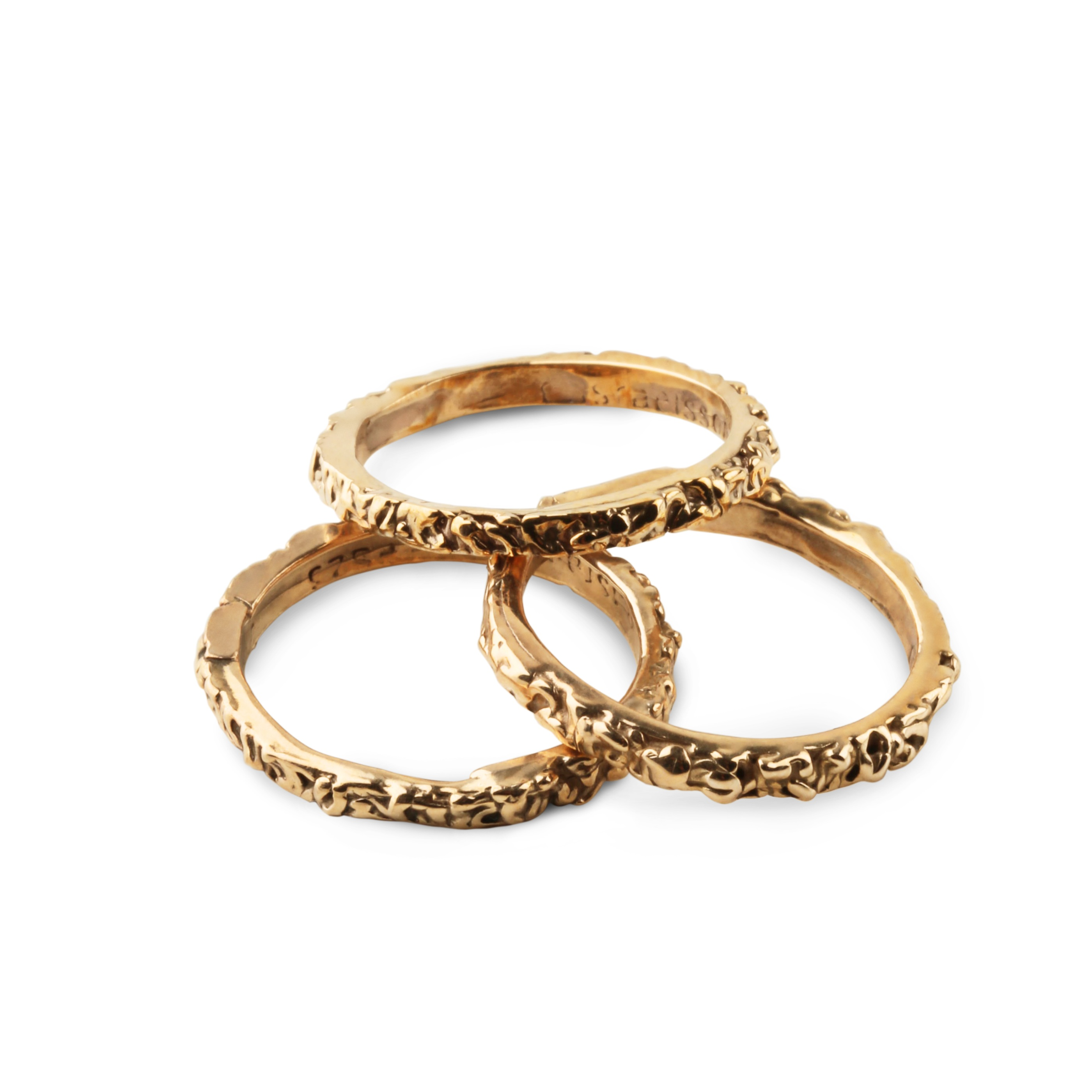 Thin band golden ring