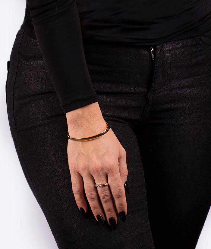 web-På-Klara-Armring-Guld