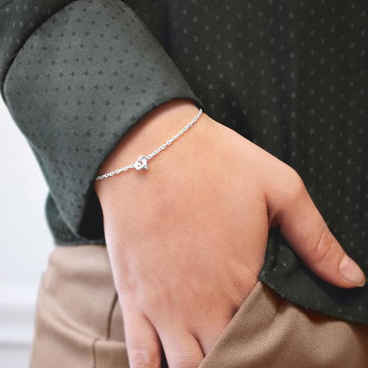 Le-Knot-drop-bracelet-1_720x