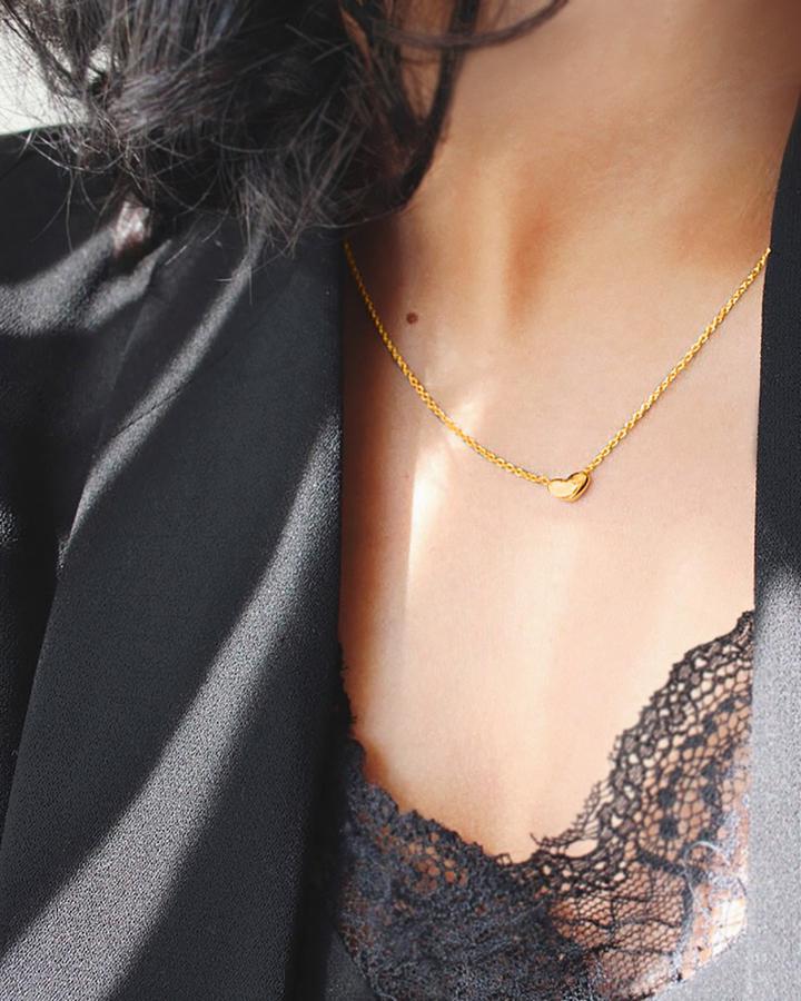 Loving-heart-medium-single-necklace-H_720x