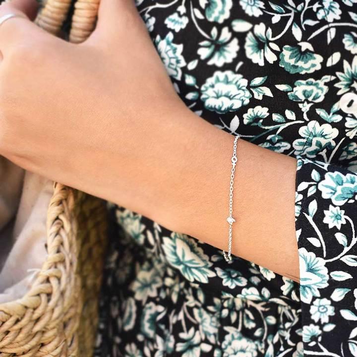 Petite-Treasure-bracelet-gold-2_720x