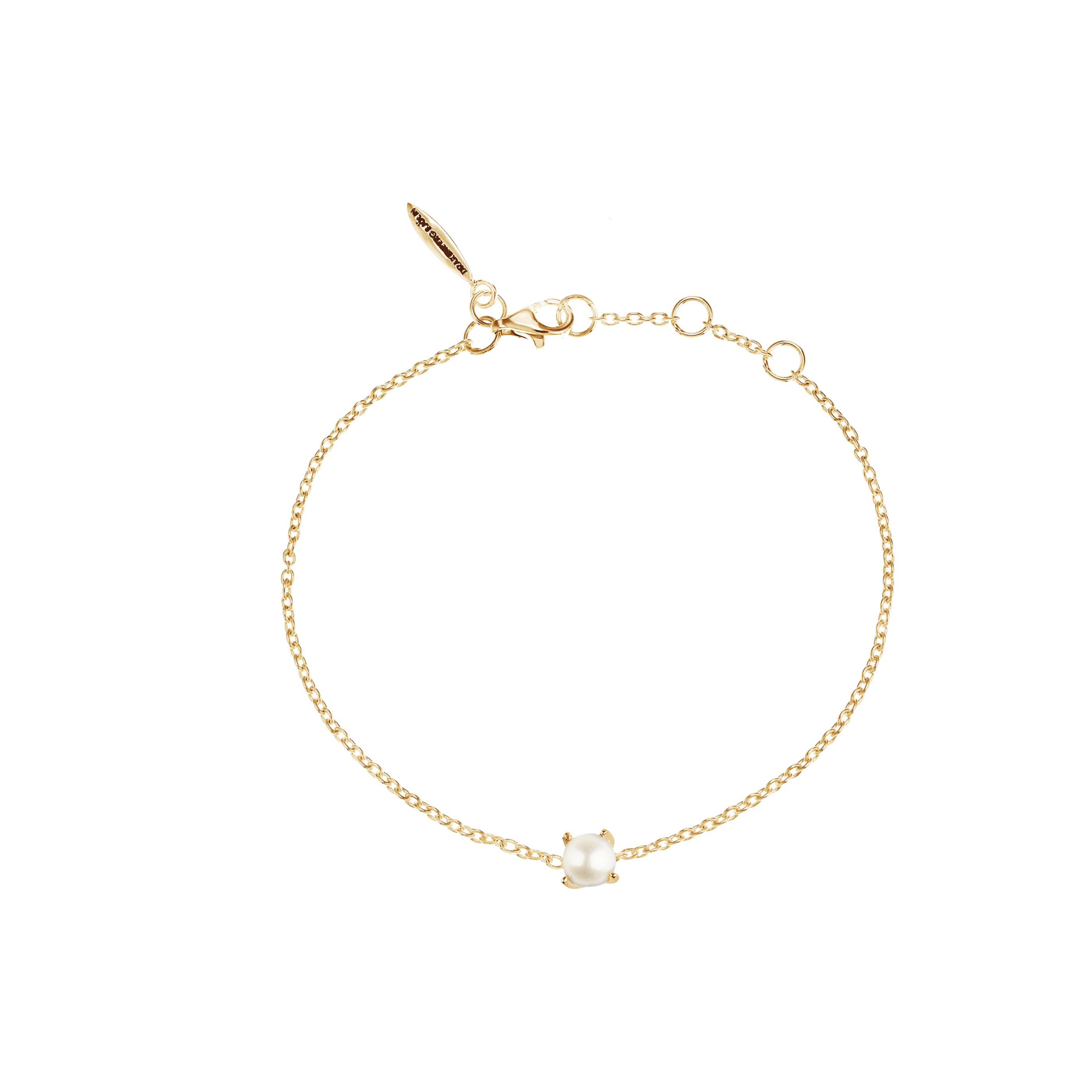 petite pearl bracelet gold