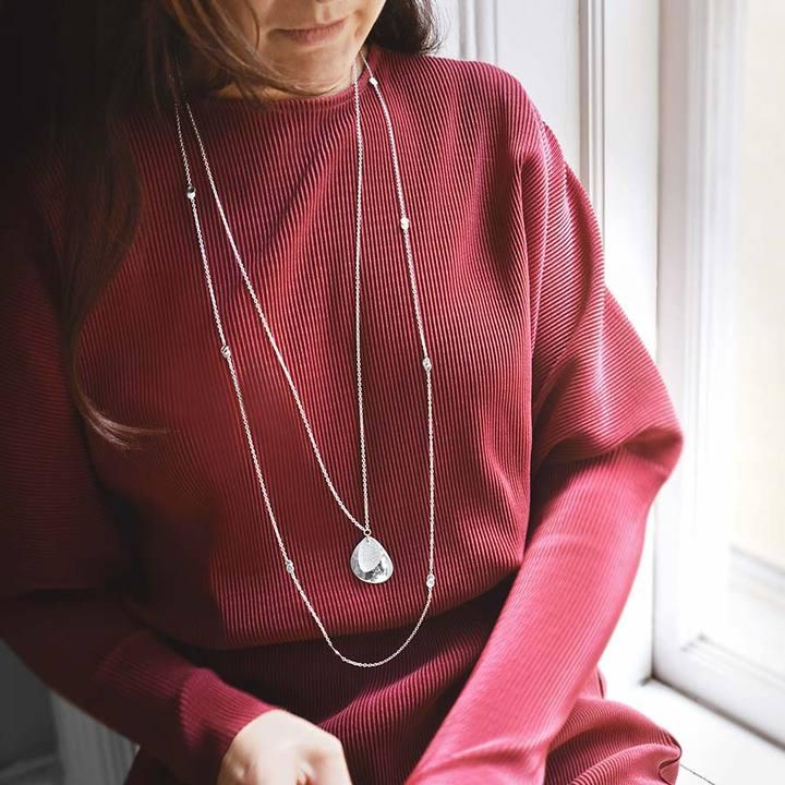 Rocky-shore-drop-necklace-long-1_720x