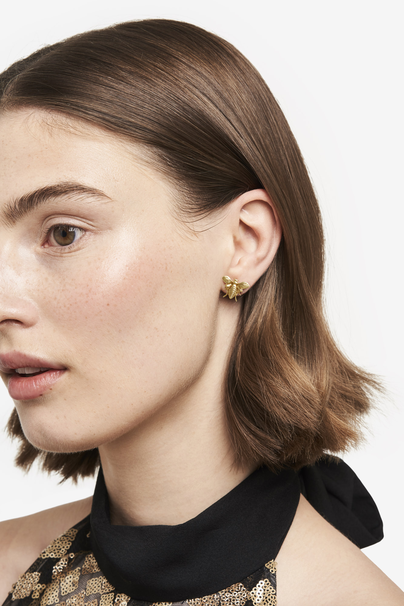 19-03-5-1-001-113-09_Bee Earring_Gold Plated_01