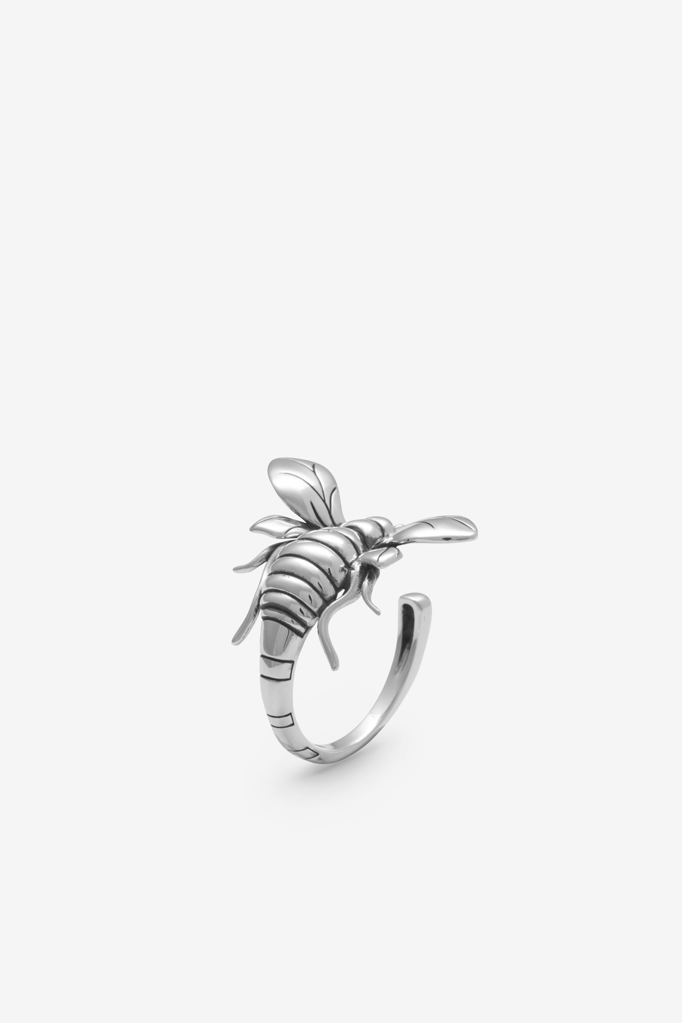 19-03-5-1-003-114-11_Bee Ring_Silver_03
