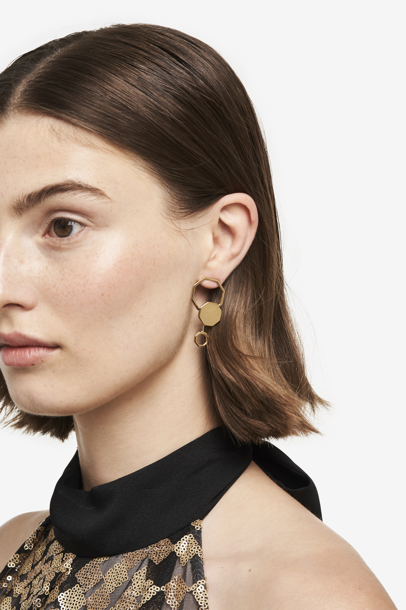 19-03-5-1-006-113-09_Beehaive Earring_Gold Plated_01