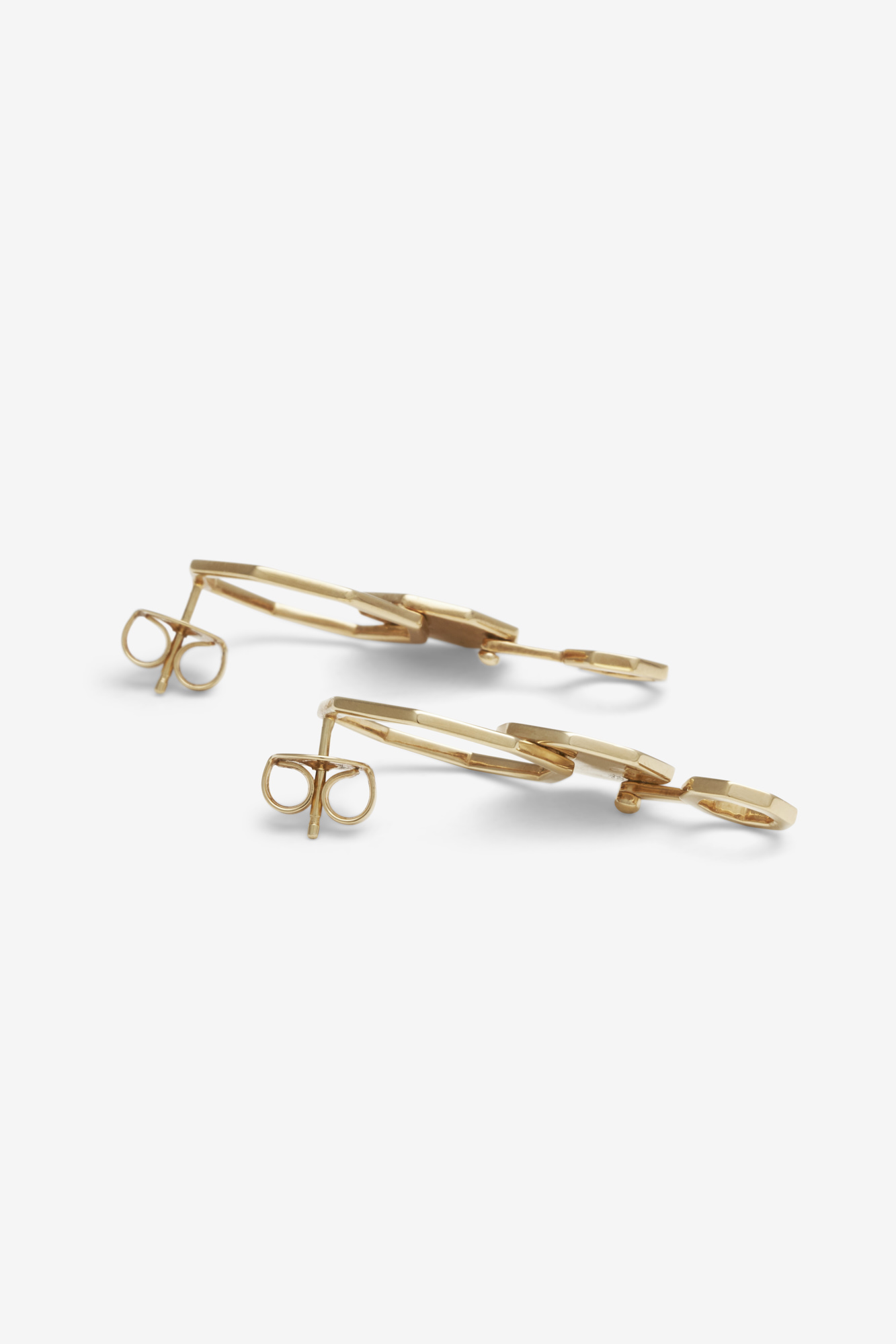 19-03-5-1-006-113-09_Beehaive Earring_Gold Plated_04