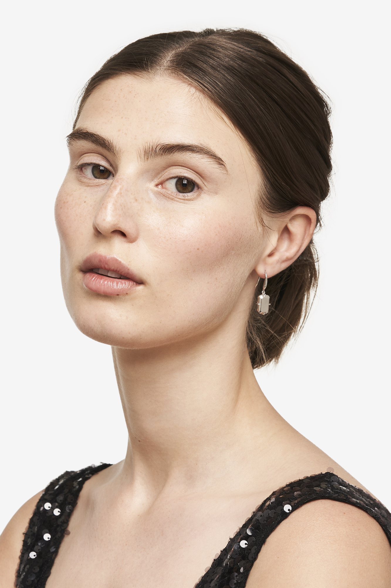 19-03-5-1-018-114-09_Hook Earring_Silver_01