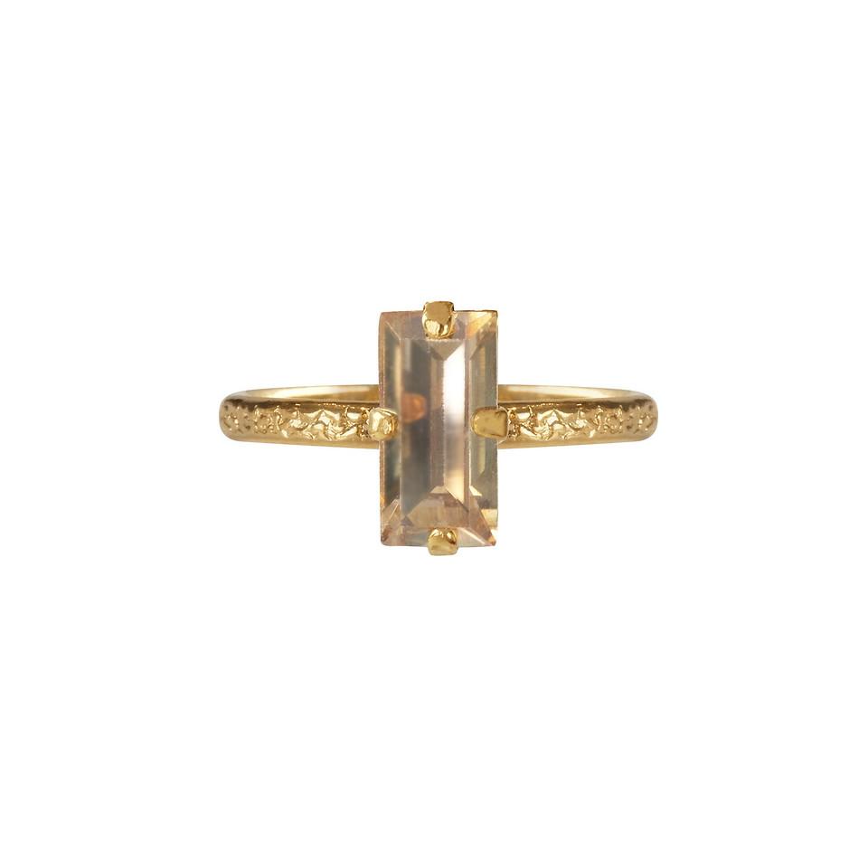 Baguette ring golden shadow