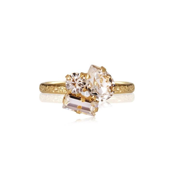Isa_Ring_Crystal_Gold_1d25f37f-c3ca-4f72-95d1-891463f15c3d_720x