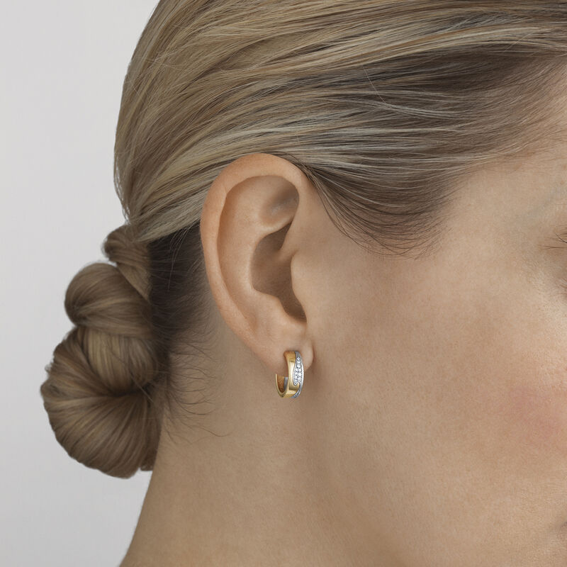 OnModel__10016433-FUSION-small-earhoop-pave-gold