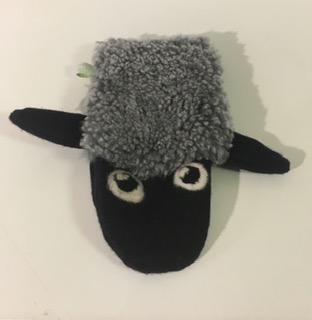 Handdockor i ull, får & hästar - Får, grått