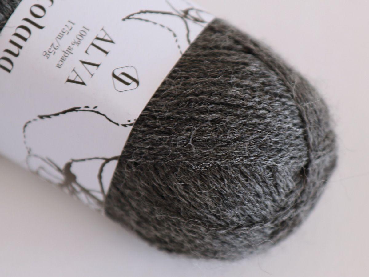 Alva 402 Medium Grey