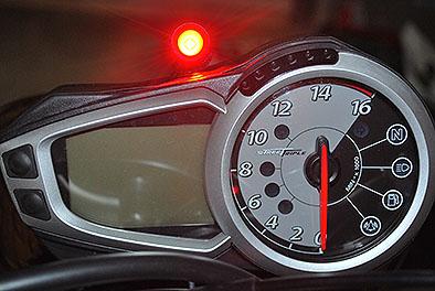 Cordona Quick Shifter Shift Light Mounted On