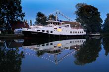 Passagerarbåt i Hajstorp