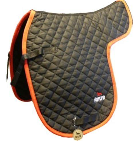 astund saddle pad