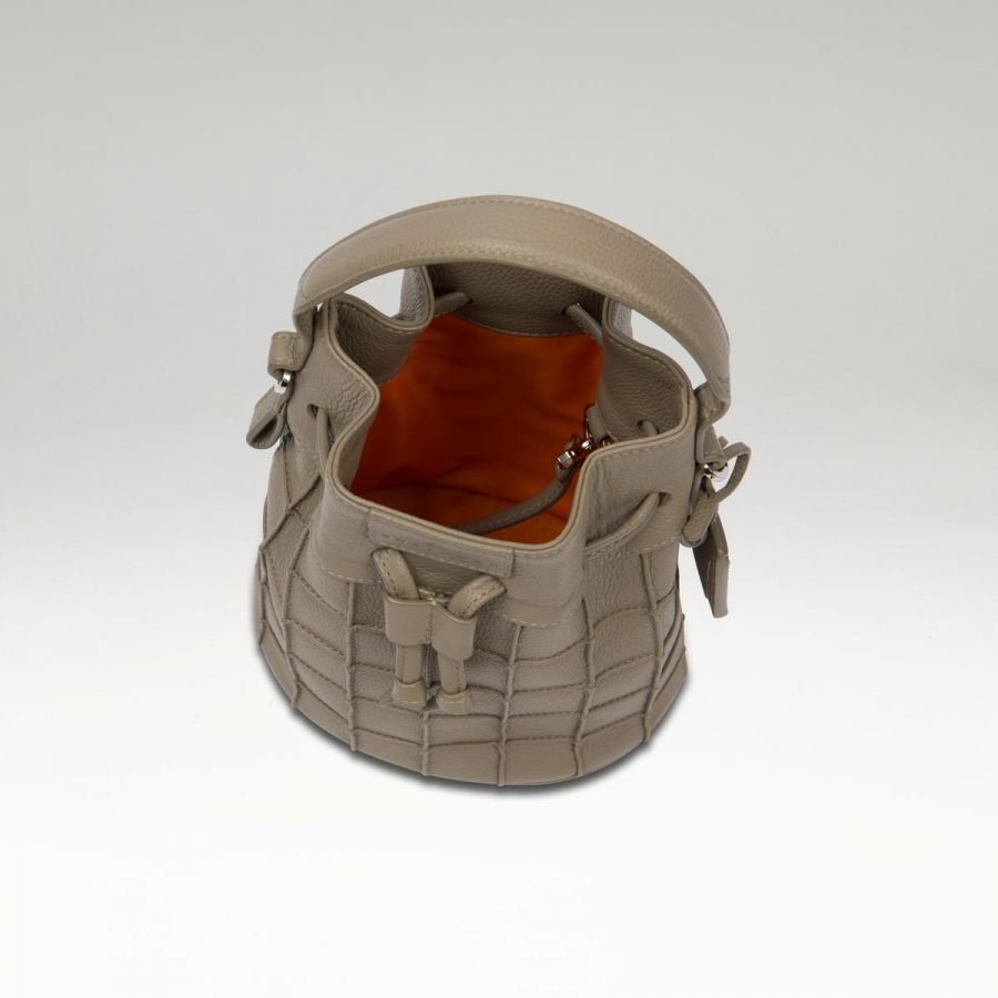 mini_bucket_bag_grey_in