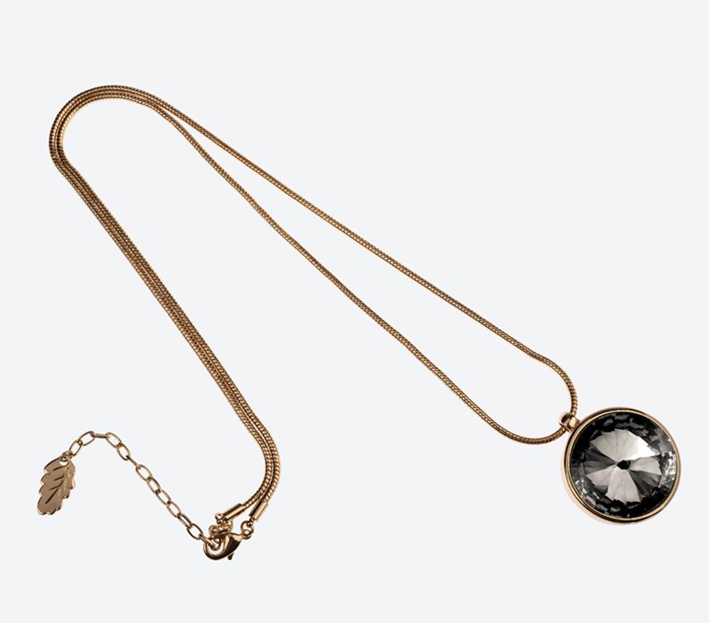 Halsband The Zen Amulet IMAGE BY ME MILJÖ W 141103-75G SM (2)