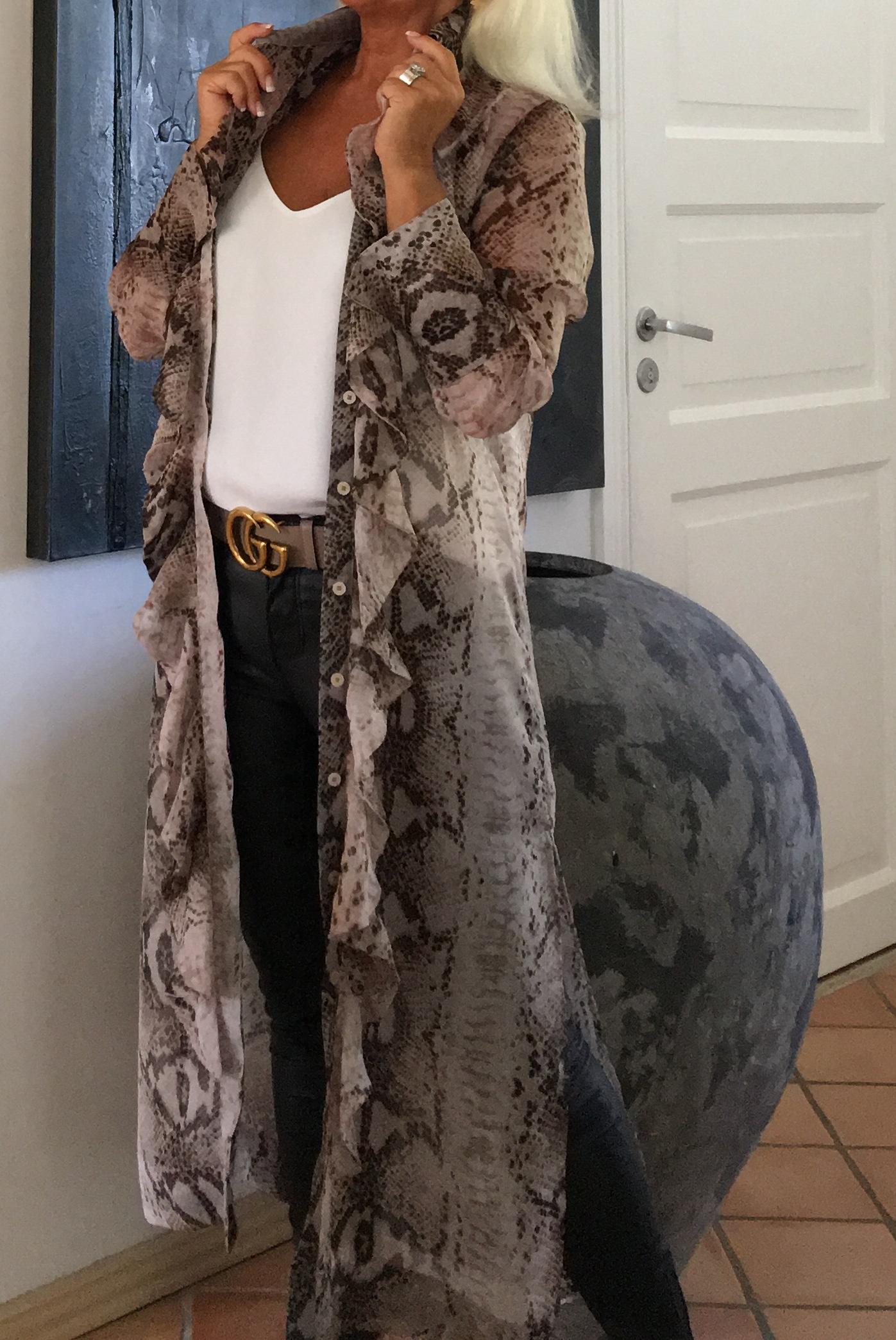 Snake-Ruffle-Kimono Karmamia IMAGE BY ME