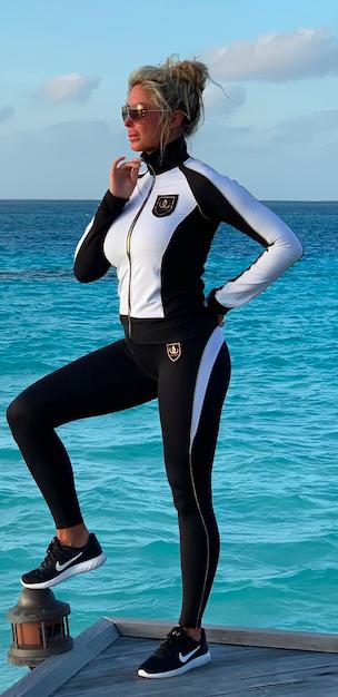 slimline-leggings-1 wallderinska IMAGE BY ME